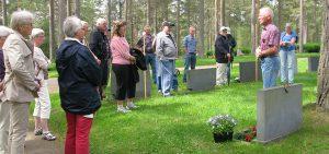 Kyrkogårdsvandring 2013